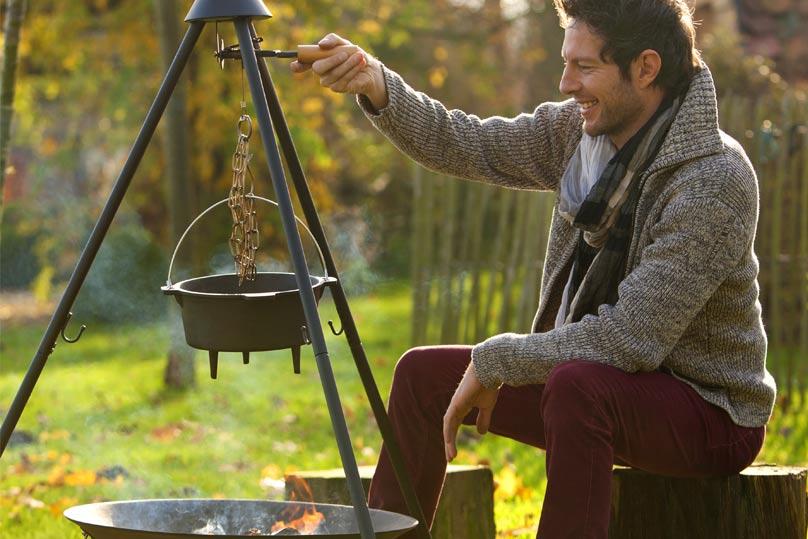 Barbecook Junko barbecue suspendu sur trépied