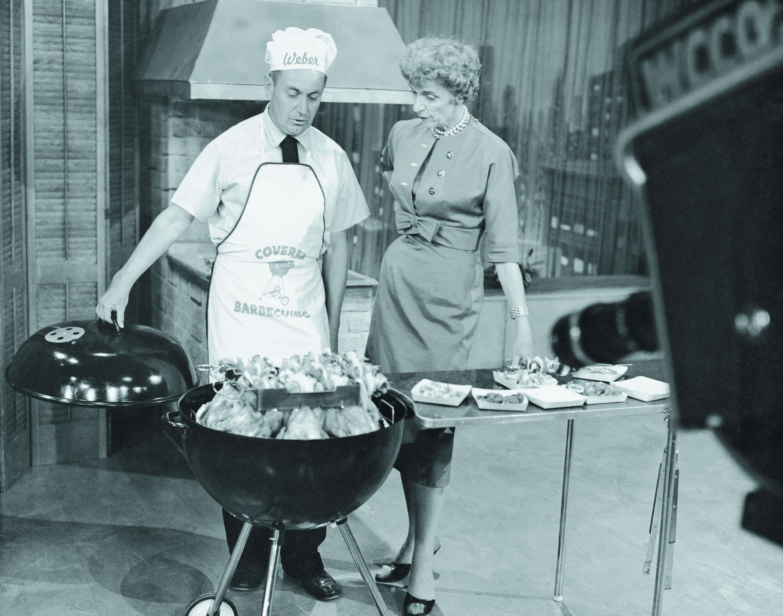 barbecue weber noir et blanc