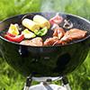 Le barbecue au charbon: un barbecue en or...noir